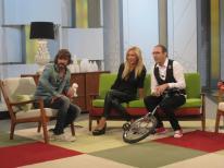 Con Santi Millán, Mario Caballero y el monociclo en 'Ahora Marta'