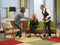 A vueltas con el monociclo con Santi Millán y Mario Caballero en 'Ahora Marta'
