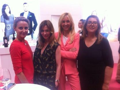 Con Alicia Hernández, Carla Royo-Villanova y Elisa Bracci en Fenavin.