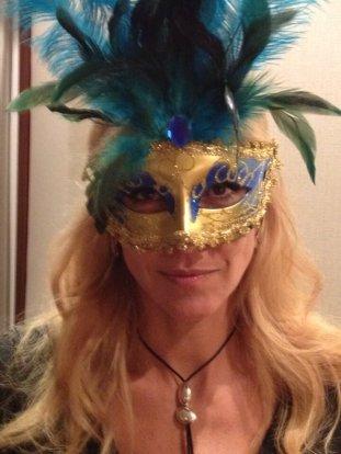 Mascaras para la presentación de Grazia